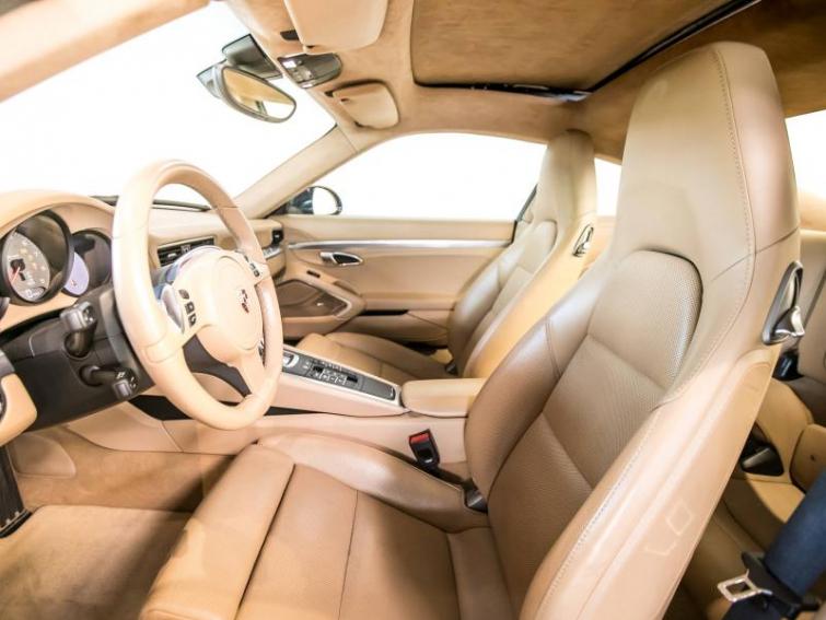 PORSCHE 911 Coupe Carrera S PDK