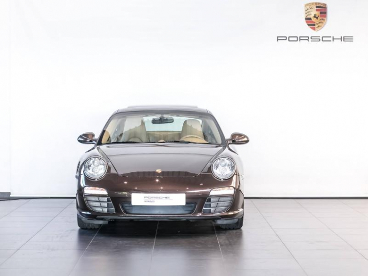 PORSCHE 911 Coupe Carrera 4S PDK