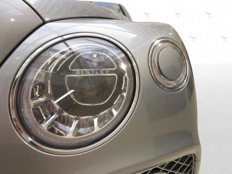 Bentley Bentayga 3,0 V6 Hybrid