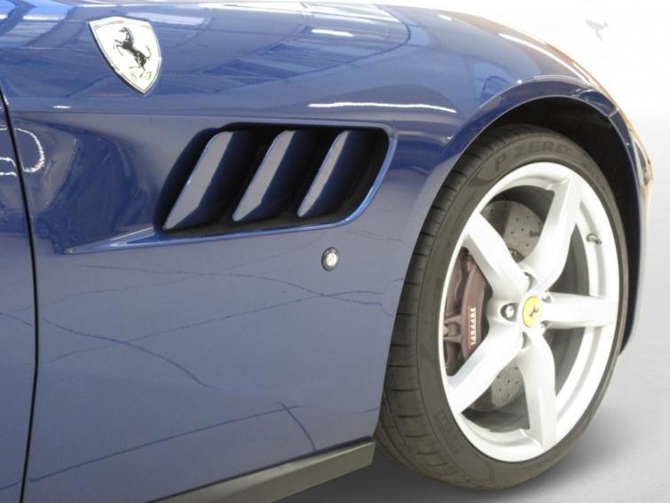 Ferrari GTC4 Lusso V12 6,3 690ch
