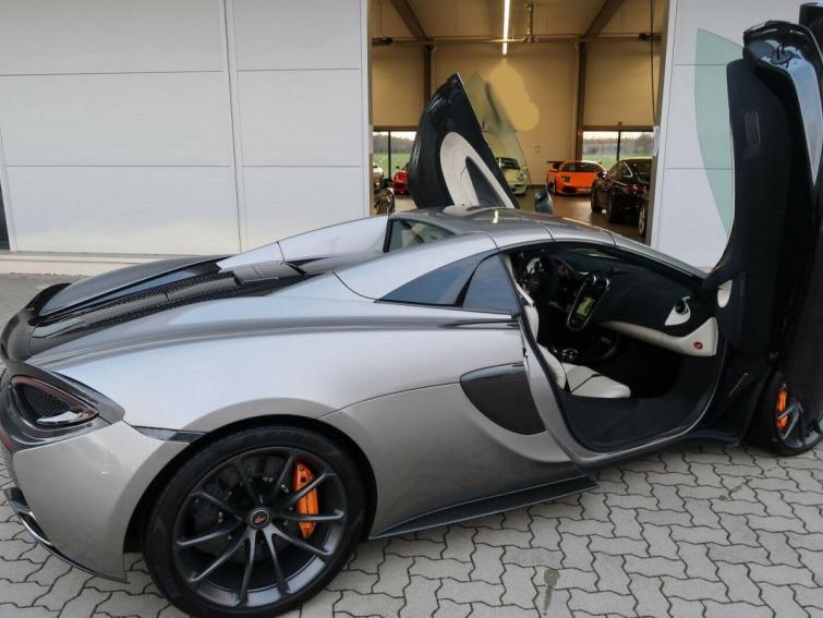 McLaren 570S Spider V8 3.8L