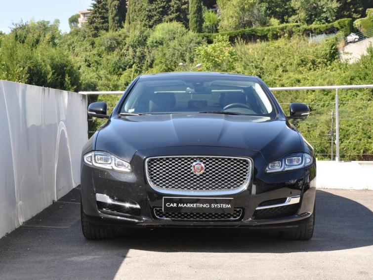 Jaguar XJ V6 3.0 - 300 Diesel BVA8 Luxe Empattement Court