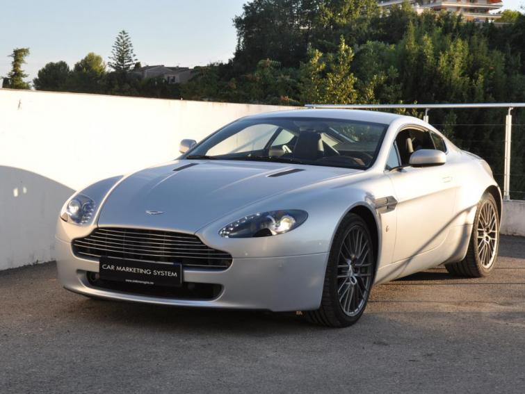 Aston Martin Vantage Coupe V8 Sequentielle