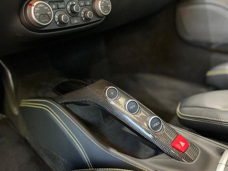 FERRARI 488 GTB V8 3.9 T 670ch