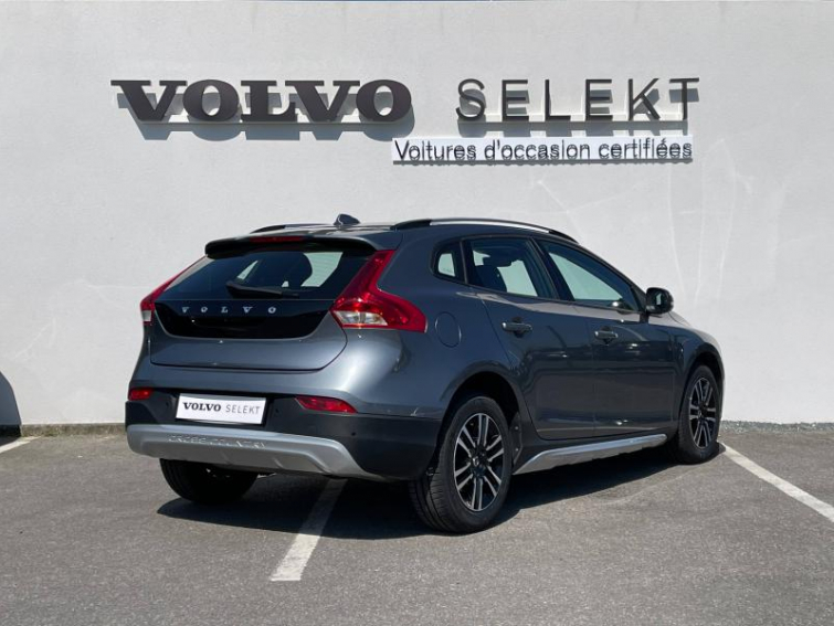 VOLVO V40 Cross Country D2 120ch Business Geartronic
