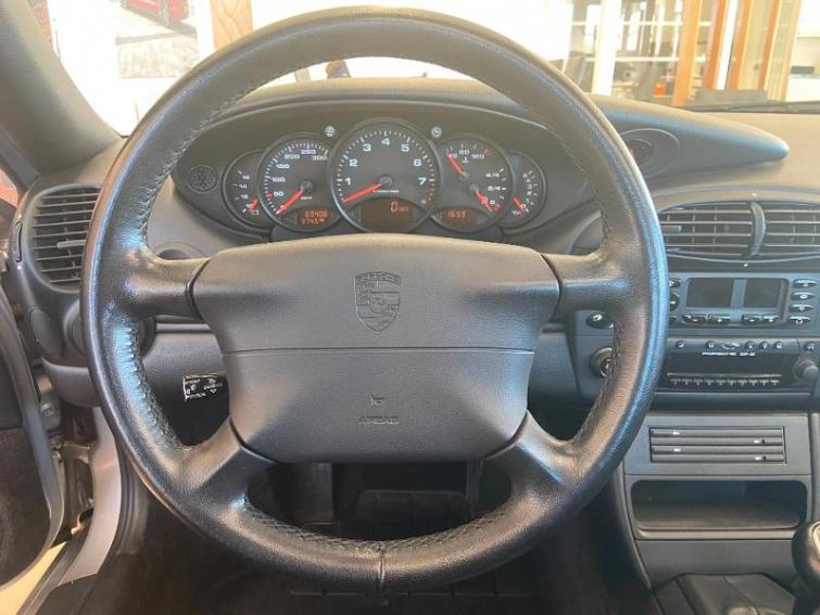 PORSCHE 911 Coupe 300ch Carrera BV6
