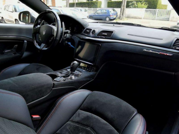 Maserati GRANTURISMO SPORT MC STRADALE