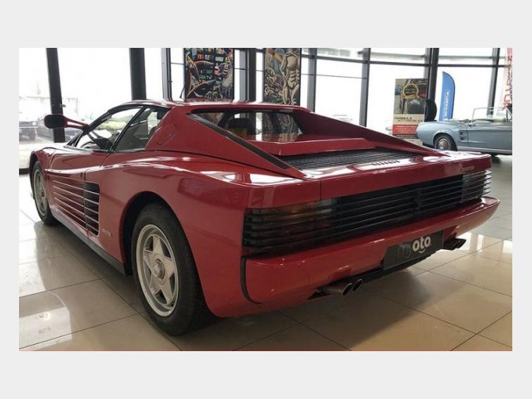 Ferrari Testarossa MONODATO 12 CYLINDRES