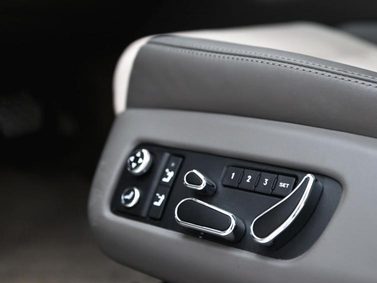 Bentley Continental GTC V8 *Mulliner*