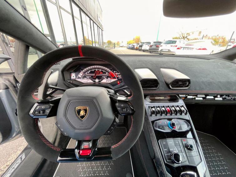 Lamborghini Huracan LP640-4 Performante 5.2 V10 64