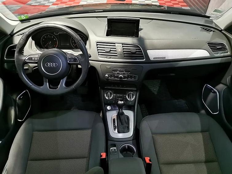 Audi Q3 2.0 TFSI 211 Ambiente Quattro S-Tronic 7