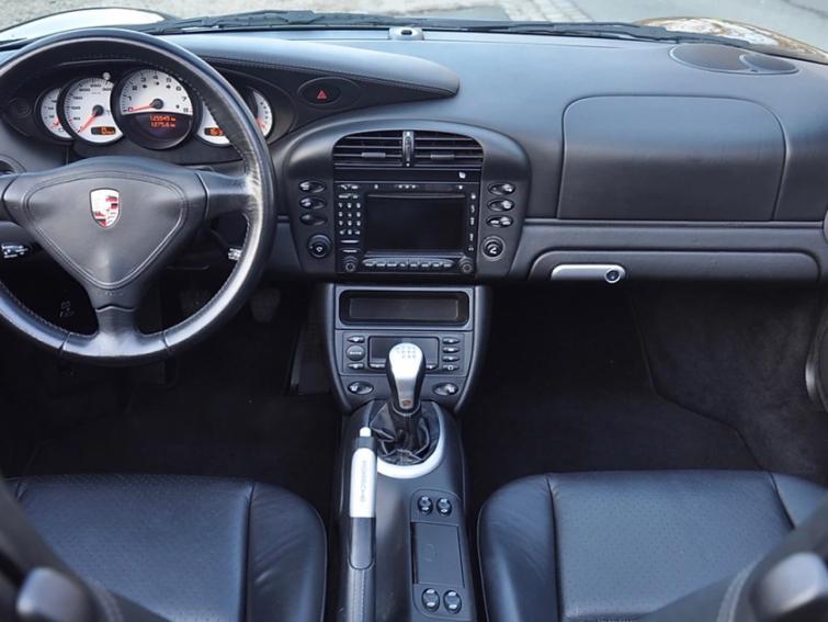 Porsche 911 996 Carrera 4 3.6 Cab BVM6 moteur neuf
