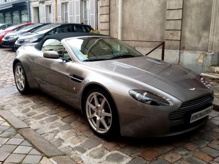 Aston Martin V8 Vantage 4.3 Roadster