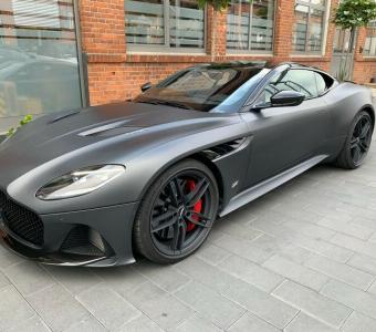 Aston Martin DBS 5.2 V12 Superleggera